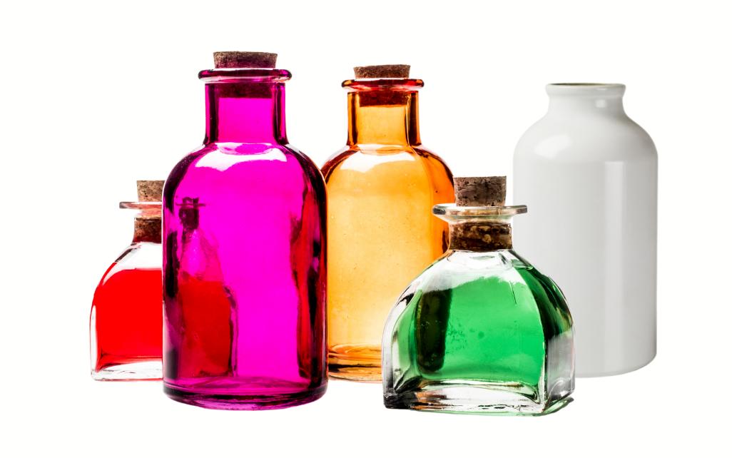Cinco_elementos_botellas